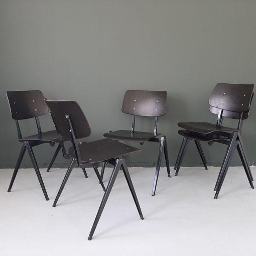 Galvanitas S21 stoelen